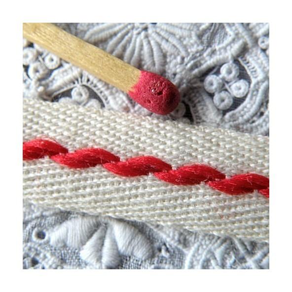 Galón cruzado algodón bordado 1 cm.