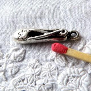 Chaussons de danse metal, breloque, pendentif, charms 2 cm.