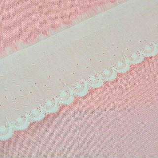 Tira bordada algodon blance 10 mms para metro.