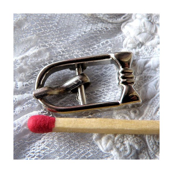 Boucle fantaisie ceinture, chaussures, avec cran 2 cm.