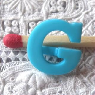 Bouton lettre alphabet G, à pied, 1,3 cm