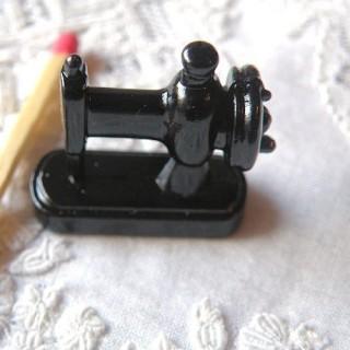 Machine à coudre, métal 2,4 cm