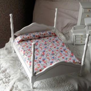 Lit blanc deux places meuble miniature maison poupée.cm.