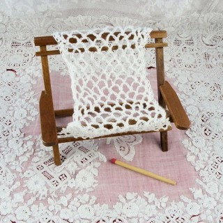 Double hammock chair Miniature dollhouse garden deckchair 75 mms
