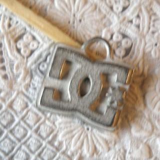 Pendant, bracelet charm, metal: DG, 1,5 cm.