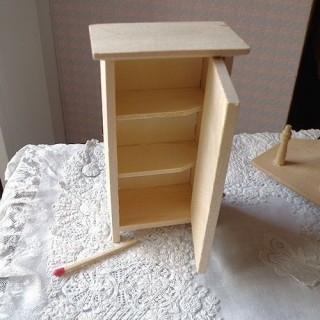 Beweglicher Wandschrank Miniaturpuppenhaus,