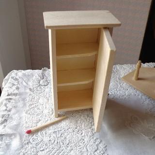 Placard Meuble miniature maison poupée,