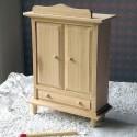 Armoire miniature maison poupée bois brut .