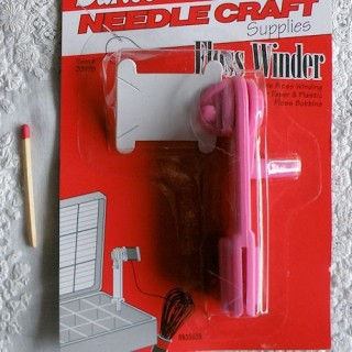 Needle craft supplies, floss winder