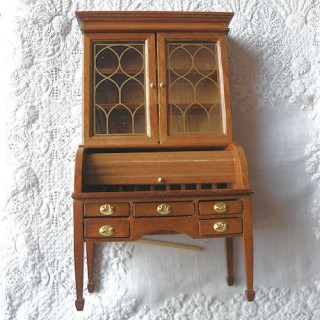 G Washington desk, doll house furniture