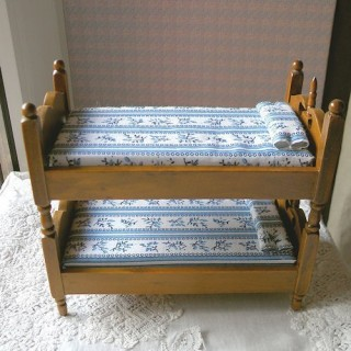 Bunkbeds with ladder children furnitures miniature doll house,   14 cms.