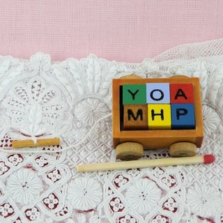 Miniature Wagon wood toy with 6 cubes, doll house miniature,