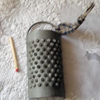 Miniature Anti grey tin...