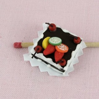 Chocolate fruit topped cake doll miniature, 2,7 cms.