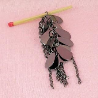 Pendentif gouttes & chaines métal 7 cm.