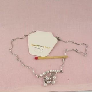 Collier chaîne fine petites perles