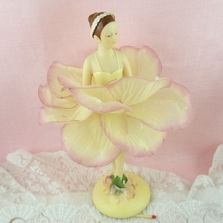 dancer fairy figurine 18 cms.