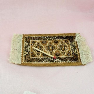 Carpet miniature for dollhouse 7,5 cms