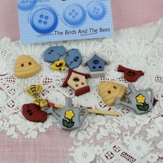 Animals bird and bees buttons Dress it up