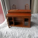 Bar miniature poupée en bois avec portes et étagères