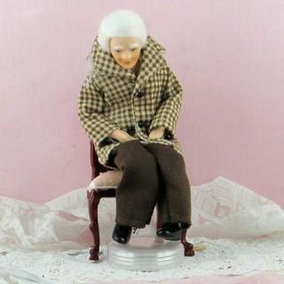 Poupée miniature vieux monsieur grand-père 1/12eme