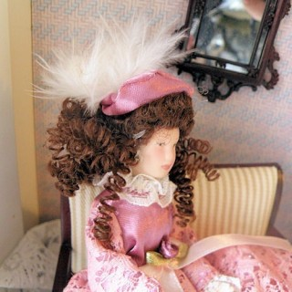 Miniature Victoirian lady doll 1/12, articuled dollhouse mother.