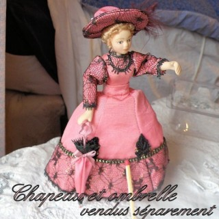 Miniature Victoirian lady  doll 1/12, articuled dollhouse