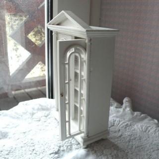 Beweglicher Geschirrschrank Miniaturschaufenster Puppenhaus