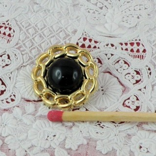 Vintage style shank button, Black and gold, 2 cms.
