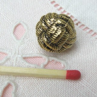 Shank metal button gold rope style,