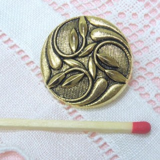 Shank golden button Designer style, 2 sizes.