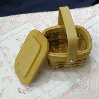 Country Mini Basket With Wood Lid - 2.5 x 3.5 inches , doll miniature, decoration,