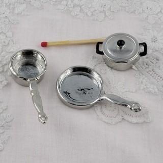 lot 5 casseroles miniatures maison poupée