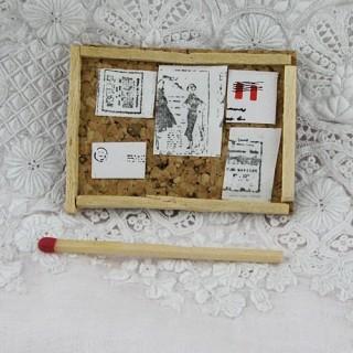 Tablero fijación corcho miniatura casa muñeca 4 x 5 cm