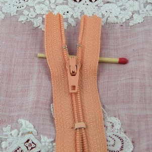 Tiny zipper for Barbie doll