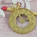 Breloque montre gousset bijou poupée 2 cm.