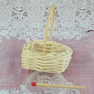 Basket miniature doll decoration 5 cms
