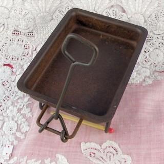 Remorque métal miniature poupée 9 cm.