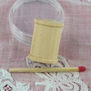 Bobine en bois miniature poupée 25 mm.
