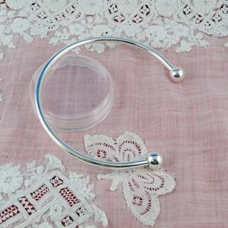 Metal bracelet twist end bangle, unscrew to add a beads