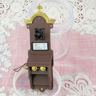 Teléfono mural miniatura casa de muñecas 7 cm