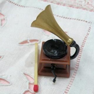 Pendant, charm, gramophone, phonograph, 1 cm.