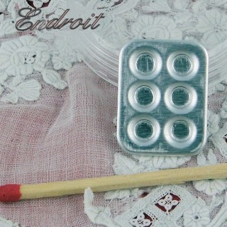 Metal Miniature tin muffin mold 2 cms.