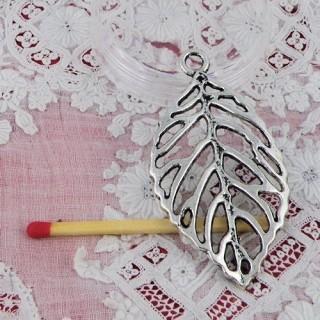 Leave bracelet charm, pendant 5 cms