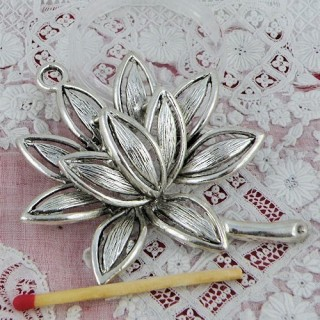Nenuphar flower pendant 7 cms