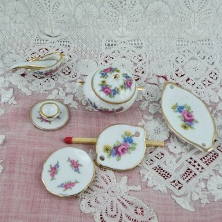 Miniature porcelain table service 1/12 18 pieces