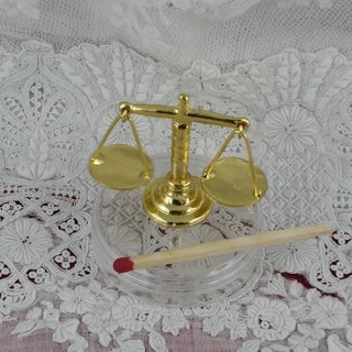 Balance plateaux miniature cuisine poupée 1/12 eme