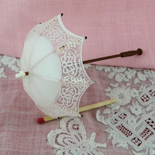 Lace parasol miniature dollhouse Umbrella for doll, 12 cms