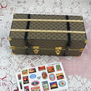 Miniature boat luxurous luggage suitcase for doll miniature
