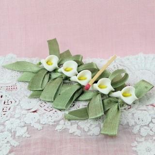 Lys avec ruban fleur noeud décoration 18 mm